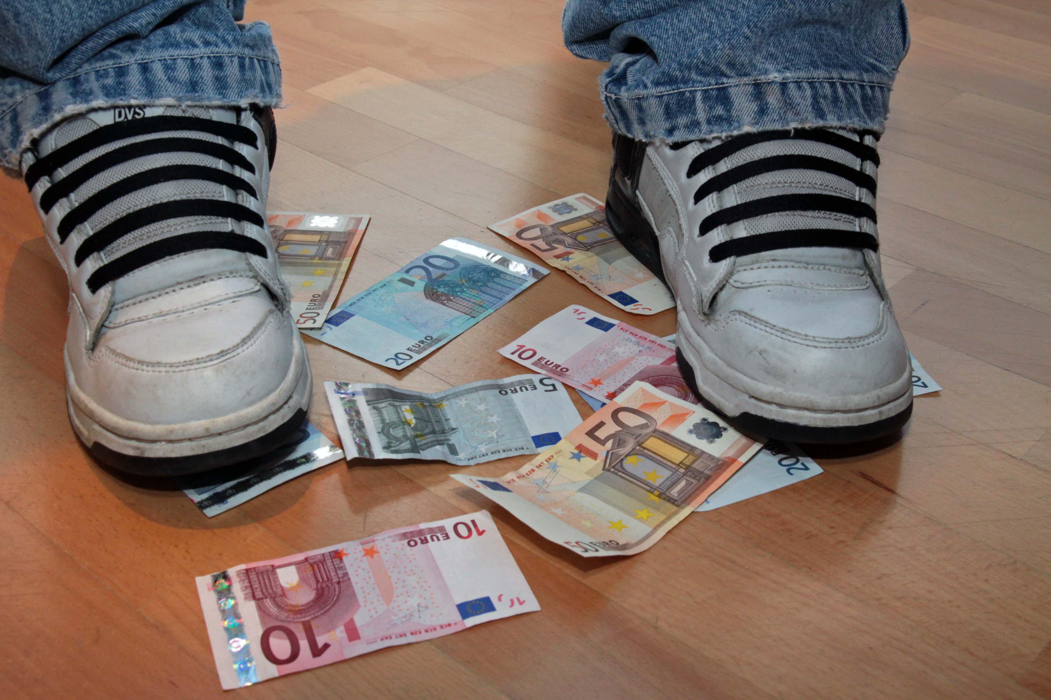 Money Slave Service