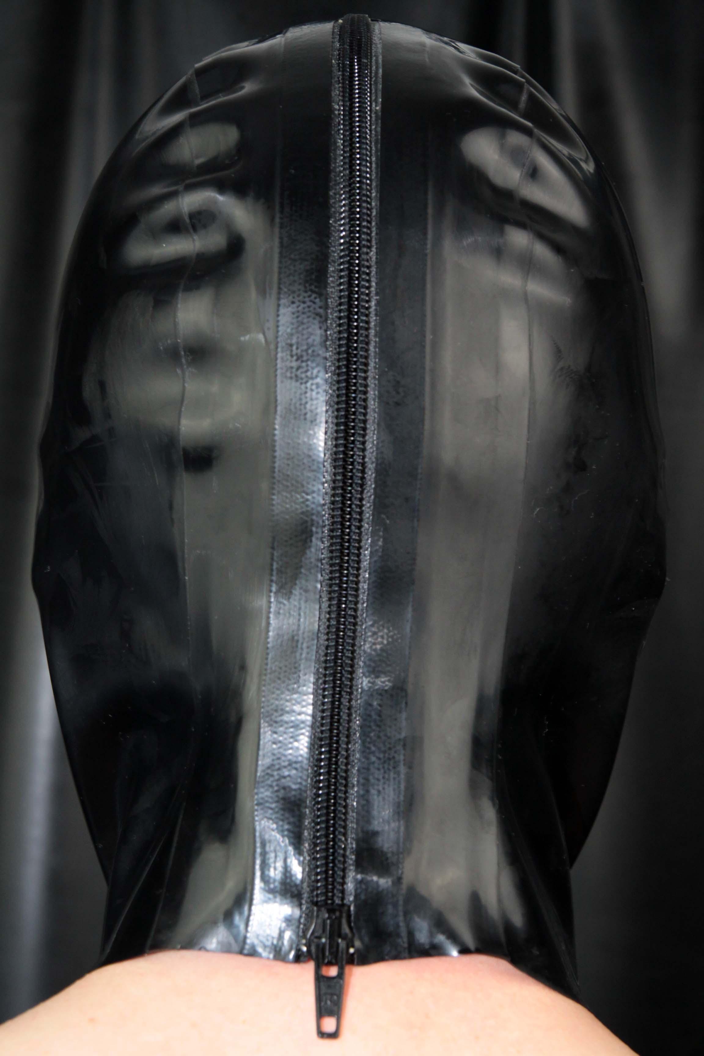 Rubber Hood – Black