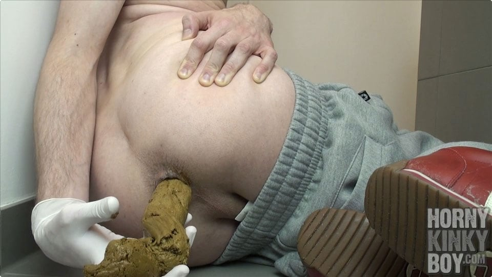 Lot Of Scat And My Cock