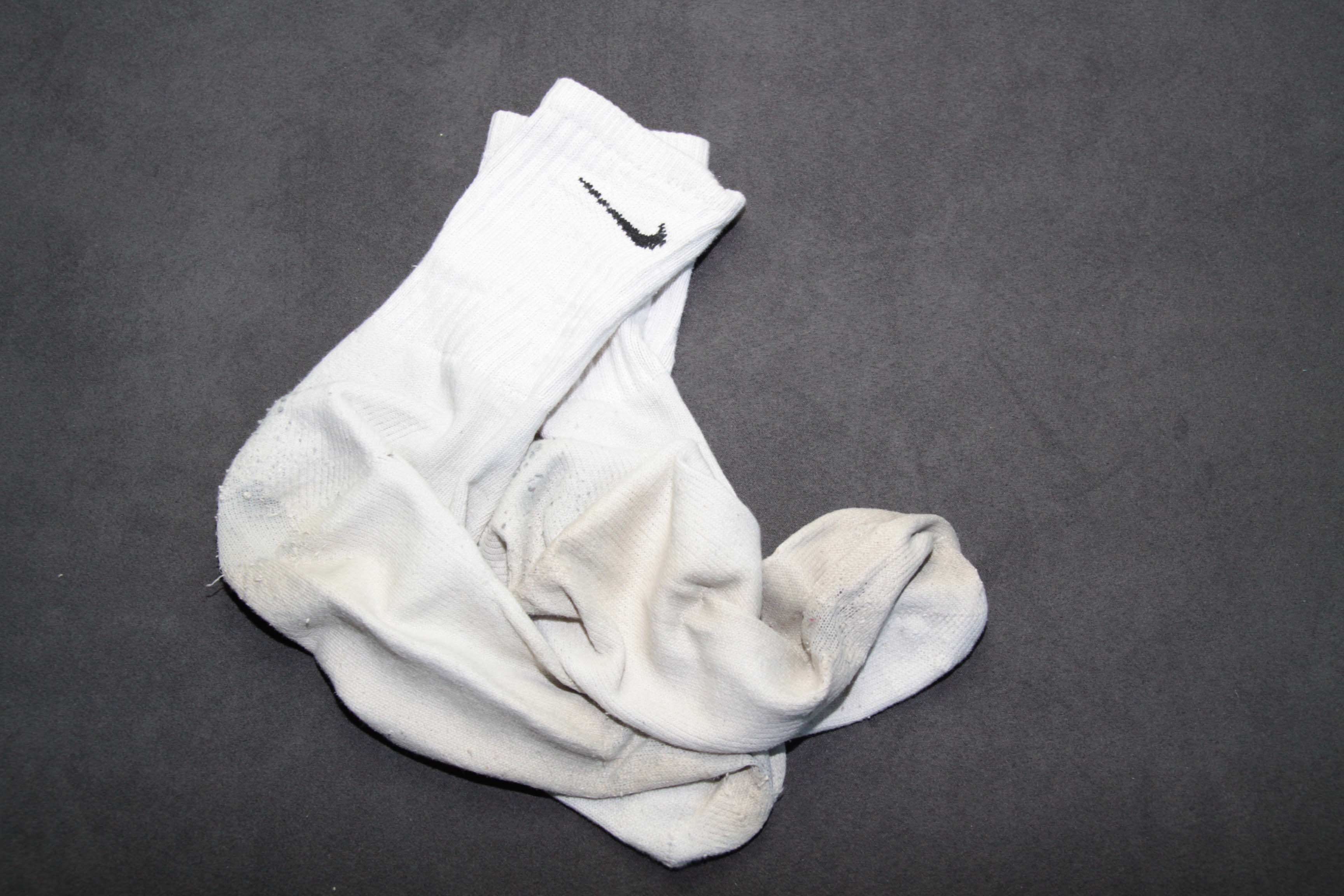 White Nike Sport Socks >> Heavy Used