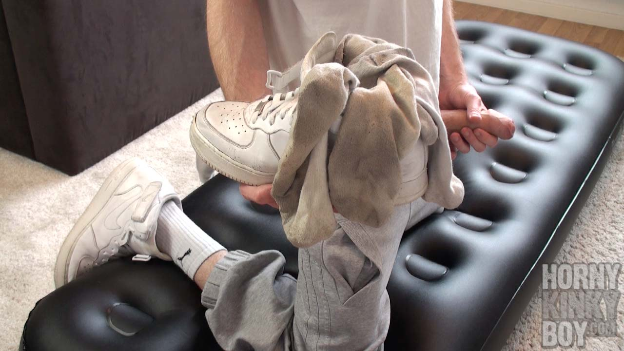 Socks And Sneaks Fetishist Wanks On Air Mattress