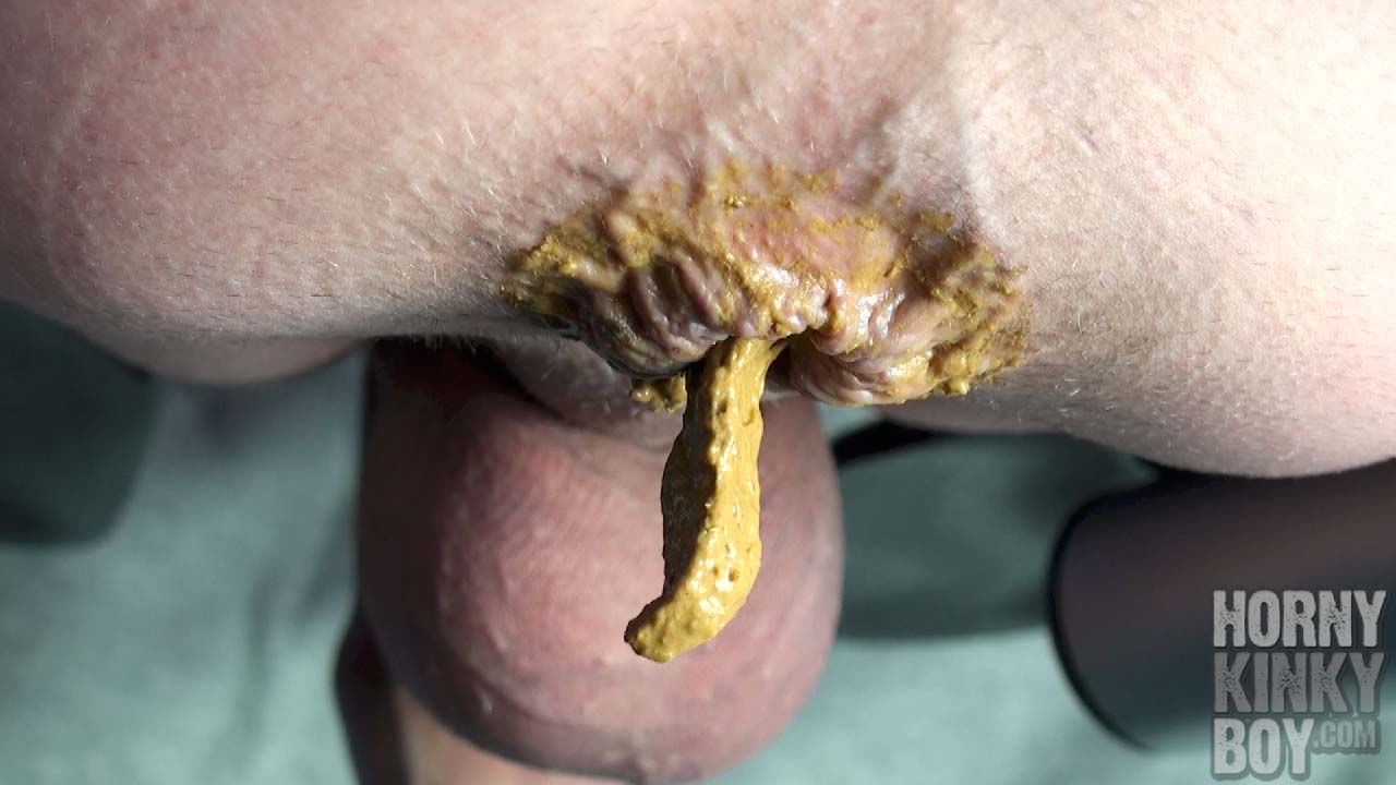 Foreskin Cheese And A Creamy Dump