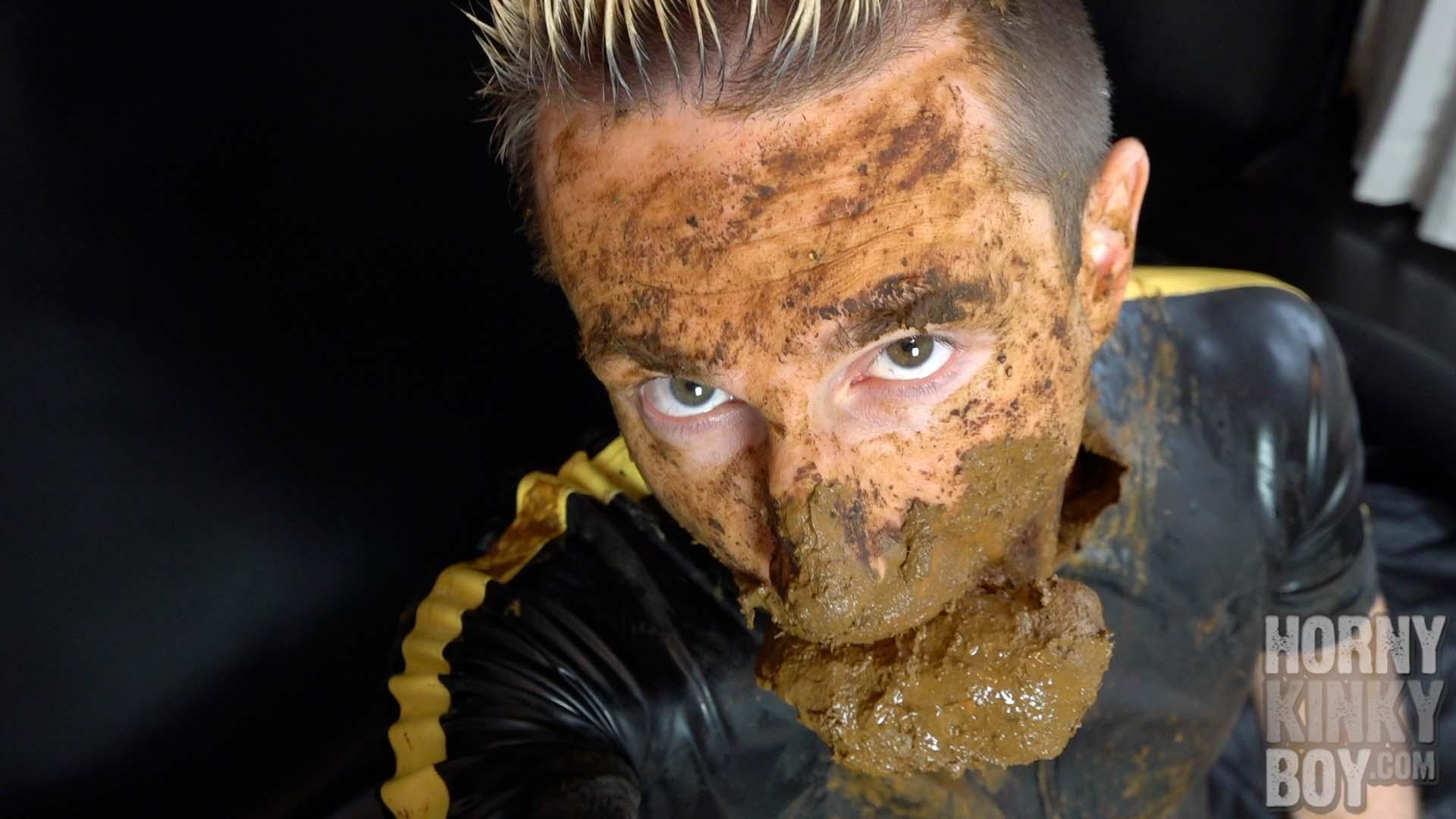 *** PRE SALE *** Blond Twink In Poop Paradise