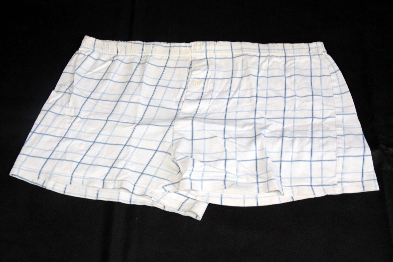 Boxer Shorts – White With Blue Pattern – Heavy Used
